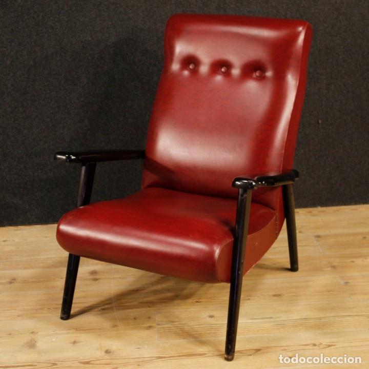 Antigüedades: Sillón de diseño italiano en piel sintética roja - Foto 2 - 199087422