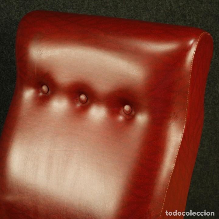 Antigüedades: Sillón de diseño italiano en piel sintética roja - Foto 3 - 199087422