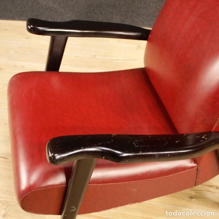 Antigüedades: Sillón de diseño italiano en piel sintética roja - Foto 7 - 199087422