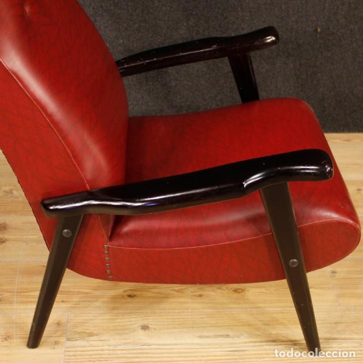 Antigüedades: Sillón de diseño italiano en piel sintética roja - Foto 9 - 199087422