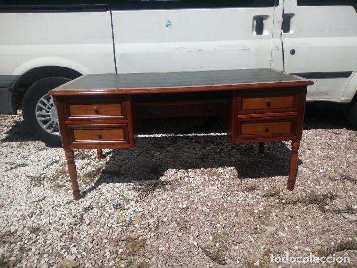 Antigüedades: Antiguo escritorio estilo luis xv con cuero verde en la superficie. - Foto 2 - 199151458