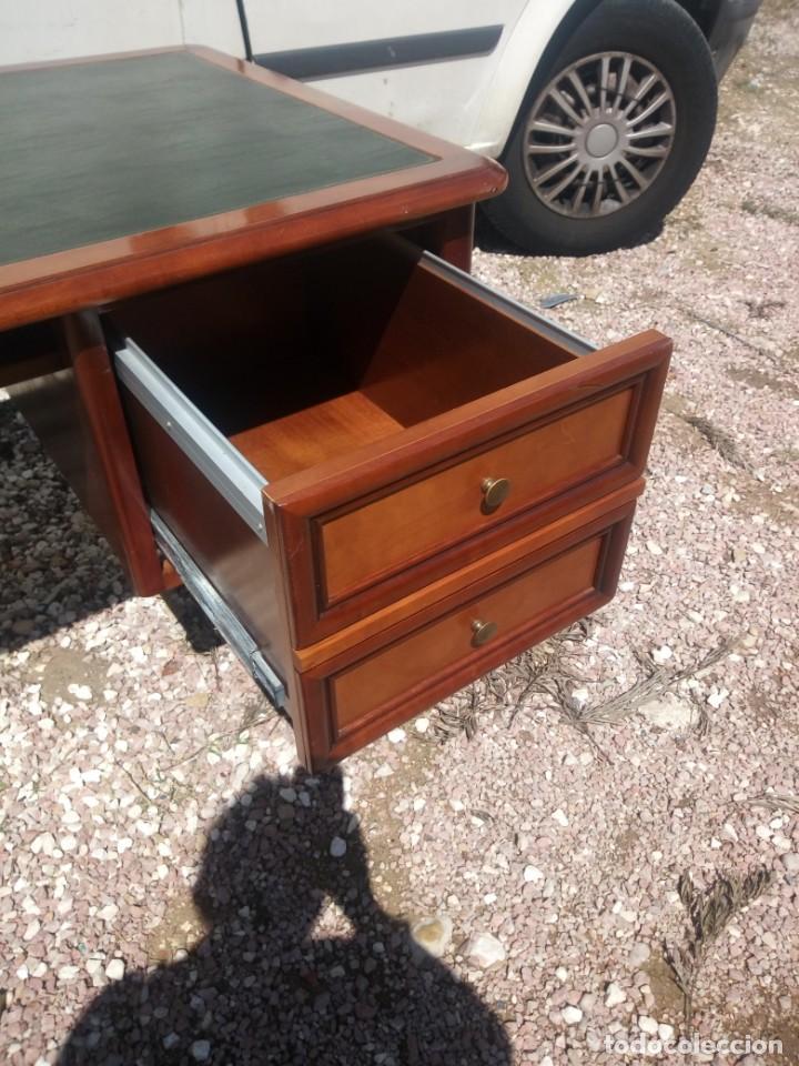 Antigüedades: Antiguo escritorio estilo luis xv con cuero verde en la superficie. - Foto 6 - 199151458