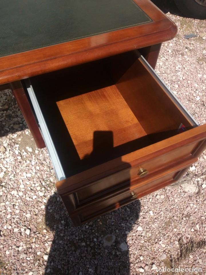 Antigüedades: Antiguo escritorio estilo luis xv con cuero verde en la superficie. - Foto 7 - 199151458