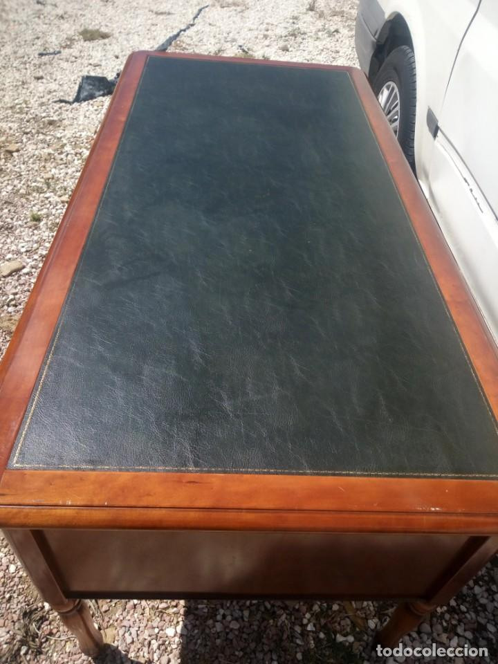Antigüedades: Antiguo escritorio estilo luis xv con cuero verde en la superficie. - Foto 8 - 199151458