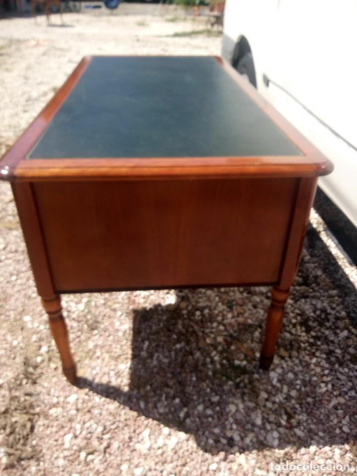 Antigüedades: Antiguo escritorio estilo luis xv con cuero verde en la superficie. - Foto 9 - 199151458