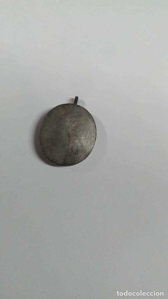 Antigüedades: RELICARIO ovalado con fragmentos óseos (ósibus). Original. Segunda mitad S. XVIII - Foto 4 - 168078404