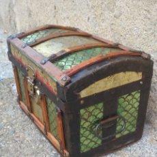 Antigüedades: COFRE BAUL ANTIGUO PEQUEÑO.. Lote 199162671