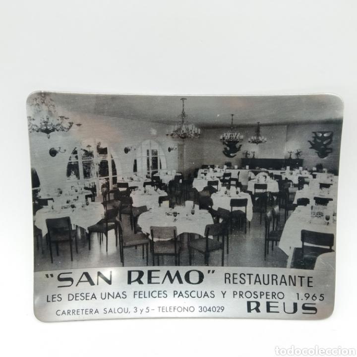 CENICERO PROMOCIONAL DE NAVIDAD AÑO 1965. RESTAURANTE SAN REMO, REUS - TARRAGONA (Antigüedades - Hogar y Decoración - Ceniceros Antiguos)