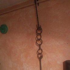 Antigüedades: ANTIGUO ENGANCHE PARA CALDERO. 1,40 M ESPECTACULAR. Lote 199206113