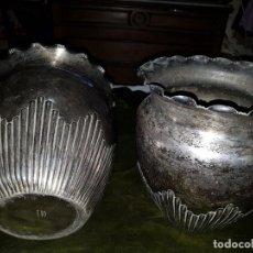 Antigüedades: PAREJA DE JARRONES PARA OFRENDAS. SIGLO XIX XIX ORIGIN. Lote 199252233