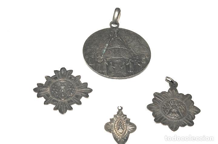 LOTE DE 4 MEDALLAS DE PLATA DE MONTSERRAT (Antigüedades - Religiosas - Medallas Antiguas)