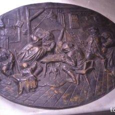 Antigüedades: PLATO DECORATIVO. ESCENA PELEA EN TABERNA. . Lote 199301312