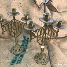 Antigüedades: PAREJA CANDELABROS BRONCE . Lote 199305410