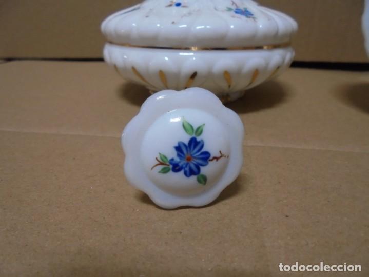 Antigüedades: magnifico juego antiguo de tocador en cristal de opalina,joyero y perfumero - Foto 10 - 199343176