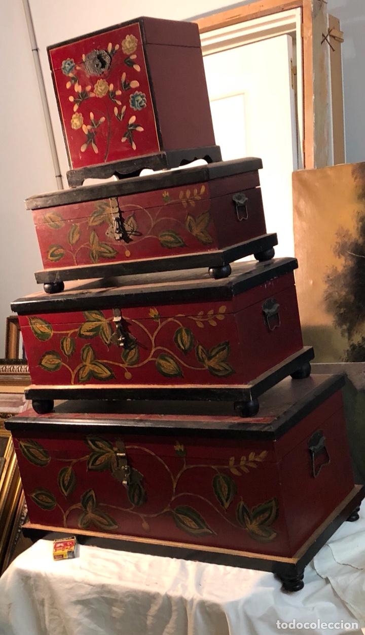 LOTE DE 4 BAÚLES AÑOS 80 (Antigüedades - Muebles Antiguos - Baúles Antiguos)