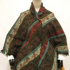 Antigüedades: MANTON ANTIGUO DE LANA A RAYAS. Lote 199414600