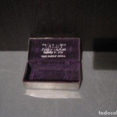 Antigüedades: CAJA METÁLICA MAQUINILLA DE AFEITAR «VALET». Lote 199487515