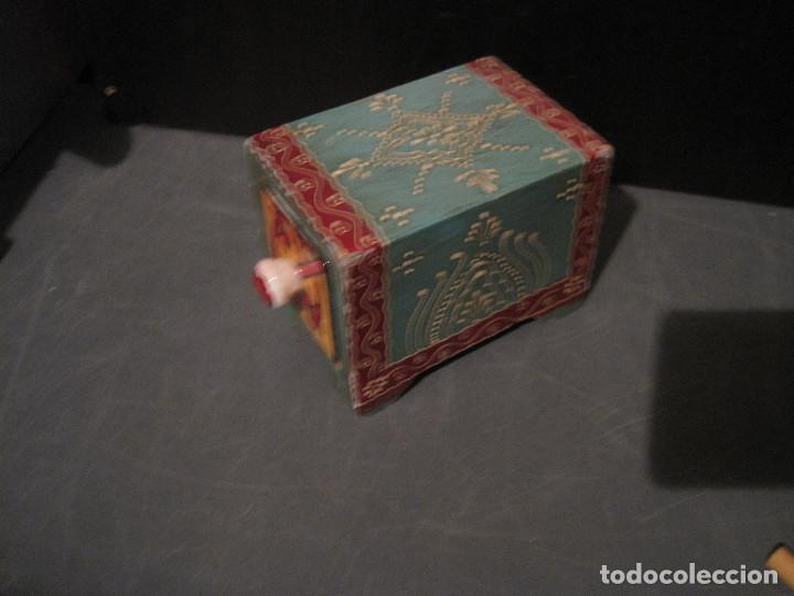 CAJA DECORADA DE CERÁMICA CON CAJÓN (Antigüedades - Hogar y Decoración - Cajas Antiguas)