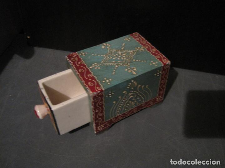 Antigüedades: Caja decorada de cerámica con cajón - Foto 2 - 199487897