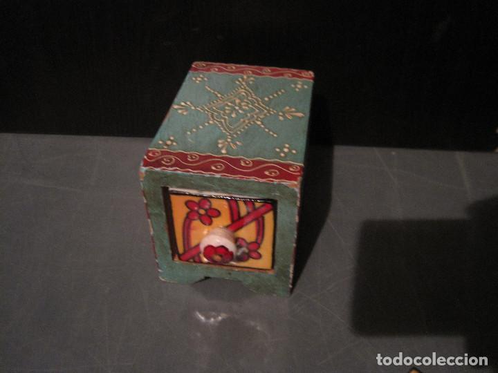 Antigüedades: Caja decorada de cerámica con cajón - Foto 3 - 199487897