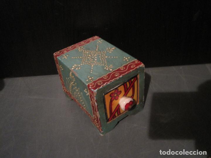 Antigüedades: Caja decorada de cerámica con cajón - Foto 4 - 199487897