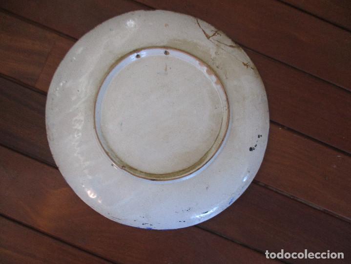 Antigüedades: Plato ceramica Triana Jose Macias - Foto 6 - 199513831