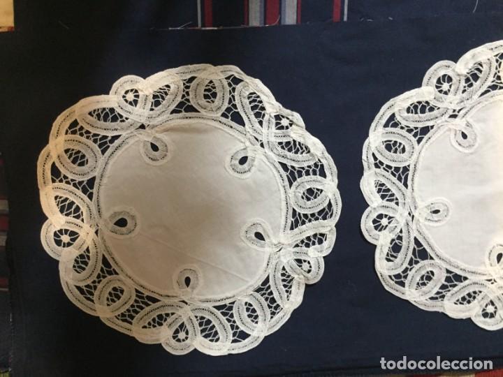 Antigüedades: pañitos bndejas bordados - Foto 5 - 199527806