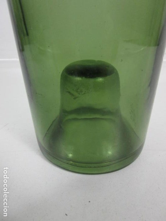 Antigüedades: Curiosa Botella Cristal Soplado Catalán - Vidrio Color Verde - Sello Grabado - S. XVIII-XIX - Foto 2 - 199577278
