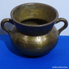Antigüedades: ANTIGUA OLLA DE BRONCE CON ASAS.. Lote 199637041