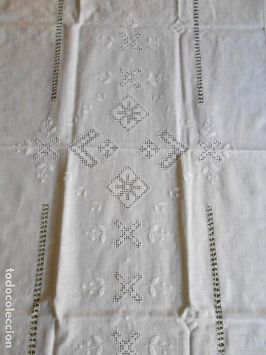 Antigüedades: Magnifica cortina de lino,bordado a mano 60 x 175 cm.Años 80.Beige muy claro. nuevo - Foto 5 - 199657561