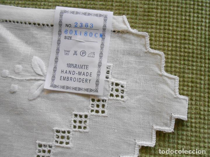 Antigüedades: Magnifica cortina de lino,bordado a mano 60 x 175 cm.Años 80.Beige muy claro. nuevo - Foto 15 - 199657561