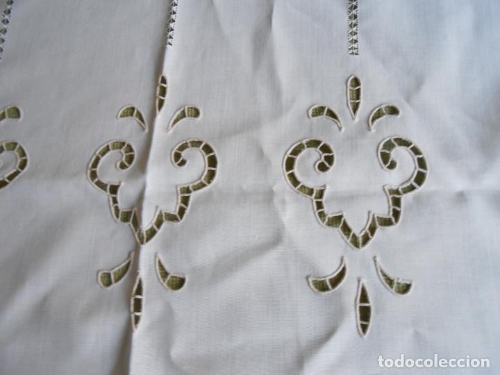 Antigüedades: Magnifica cortina de lino,bordado a mano, 80x130 cm cm.Años 80.Beige claro,con flecos. nuevo - Foto 8 - 199660301