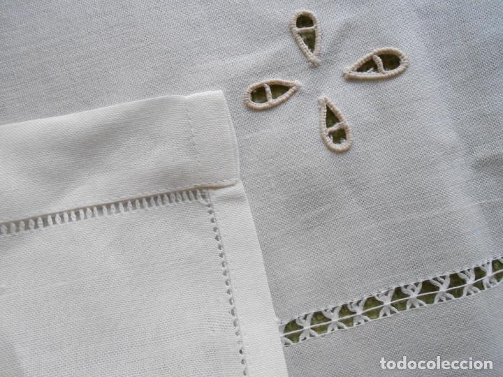 Antigüedades: Magnifica cortina de lino,bordado a mano, 80x130 cm cm.Años 80.Beige claro,con flecos. nuevo - Foto 11 - 199660301