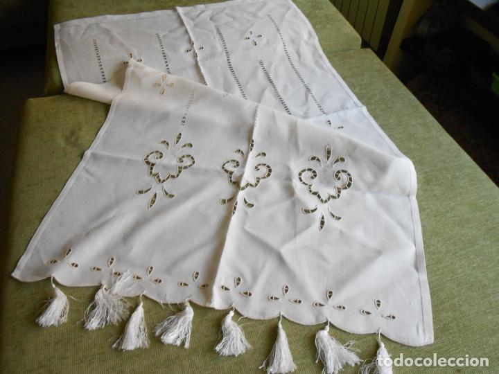Antigüedades: Magnifica cortina de lino,bordado a mano, 80x130 cm cm.Años 80.Beige claro,con flecos. nuevo - Foto 12 - 199660301