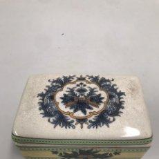 Antigüedades: CAJA DE PORCELANA INGLESA. Lote 199668065