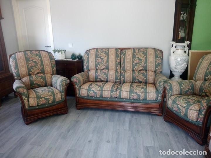 Antigüedades: Conjunto de sofá y 2 sillones,madera de roble y tapizado tonos verdes floral.años 40 - Foto 2 - 199670115