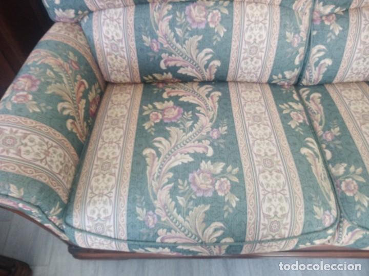 Antigüedades: Conjunto de sofá y 2 sillones,madera de roble y tapizado tonos verdes floral.años 40 - Foto 6 - 199670115