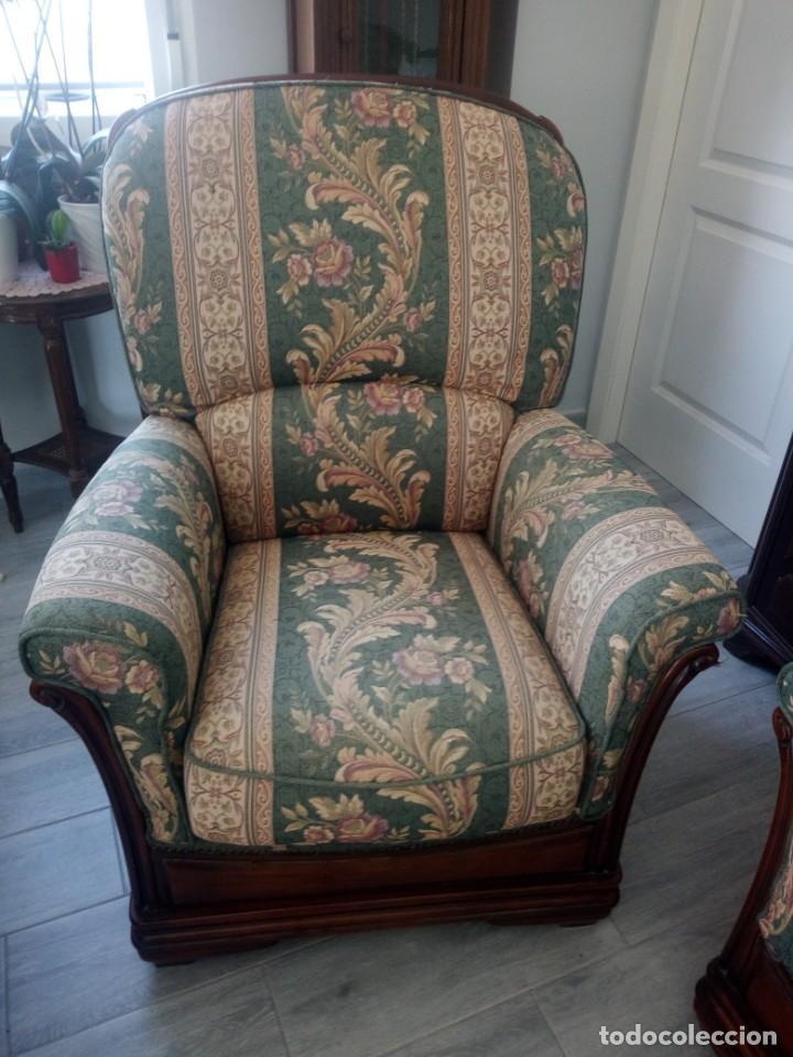 Antigüedades: Conjunto de sofá y 2 sillones,madera de roble y tapizado tonos verdes floral.años 40 - Foto 10 - 199670115