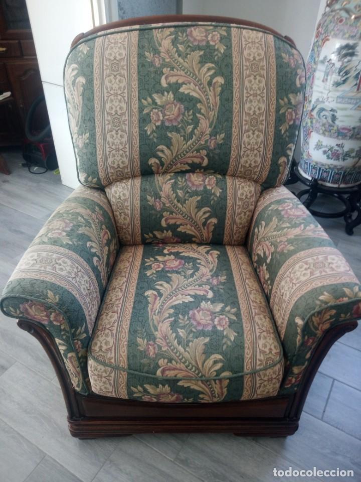 Antigüedades: Conjunto de sofá y 2 sillones,madera de roble y tapizado tonos verdes floral.años 40 - Foto 12 - 199670115