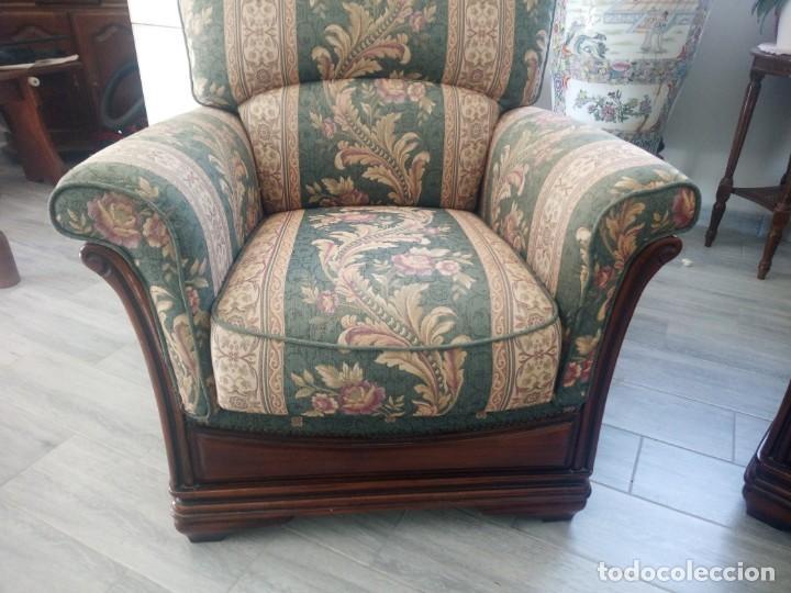 Antigüedades: Conjunto de sofá y 2 sillones,madera de roble y tapizado tonos verdes floral.años 40 - Foto 14 - 199670115