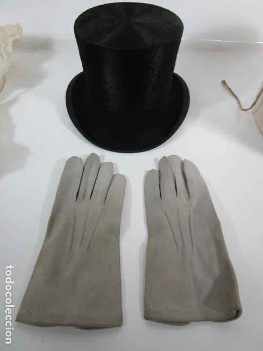 Antigüedades: Sombrero - Chistera en piel de Foca - Eduardo Arnau, Barcelona - con Caja y Guantes - Perfecto - Foto 3 - 199693785