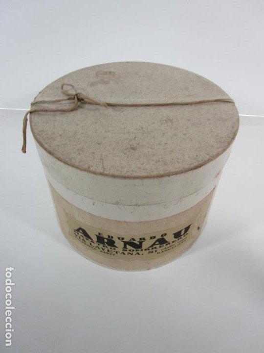 Antigüedades: Sombrero - Chistera en piel de Foca - Eduardo Arnau, Barcelona - con Caja y Guantes - Perfecto - Foto 17 - 199693785