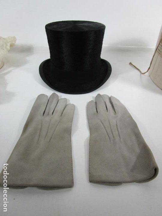 Antigüedades: Sombrero - Chistera en piel de Foca - Eduardo Arnau, Barcelona - con Caja y Guantes - Perfecto - Foto 22 - 199693785