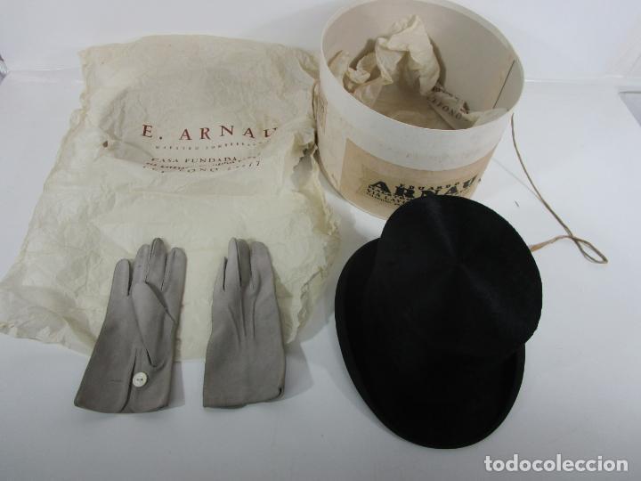 SOMBRERO - CHISTERA EN PIEL DE FOCA - EDUARDO ARNAU, BARCELONA - CON CAJA Y GUANTES - PERFECTO (Antigüedades - Moda - Sombreros Antiguos)
