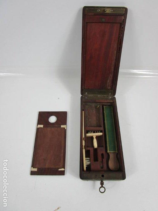Antigüedades: Curiosa Caja, Neceser - Porta Fotos - Madera de Caoba - Utensilio en Hueso - S. XIX - Foto 6 - 199695320