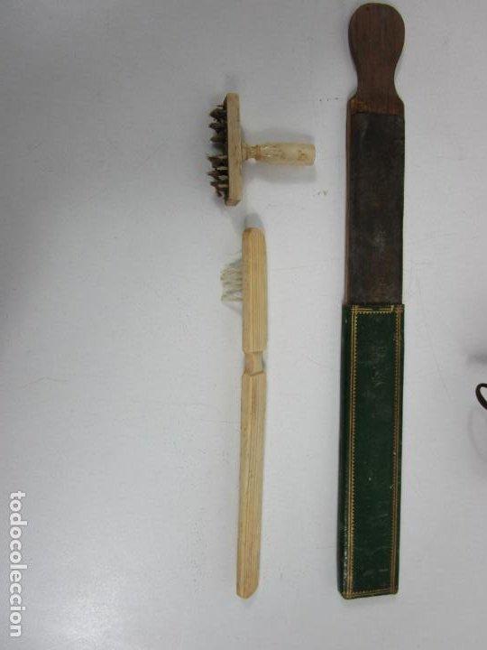 Antigüedades: Curiosa Caja, Neceser - Porta Fotos - Madera de Caoba - Utensilio en Hueso - S. XIX - Foto 12 - 199695320