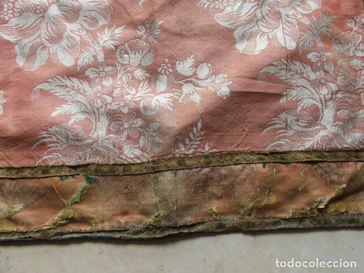 Antigüedades: ANTIGUA DALMATICA SIGLO XIII EN SEDA CON ESPOLINES FLORALES DE EPOCA - Foto 12 - 199740221