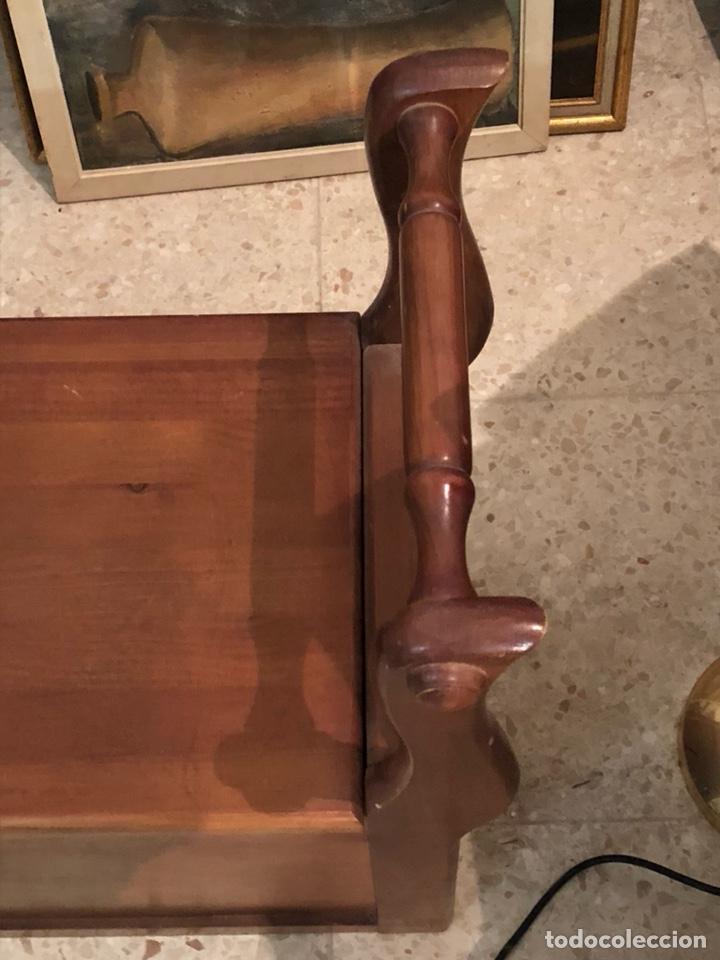 Antigüedades: Bonito mueble auxiliar de madera maciza, años 70 - Foto 3 - 199746186