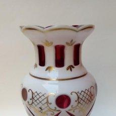 Antigüedades: JARRON DE OPALINA-. Lote 199791847