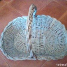 Antigüedades: CESTA DE MIMBRE. Lote 199960843